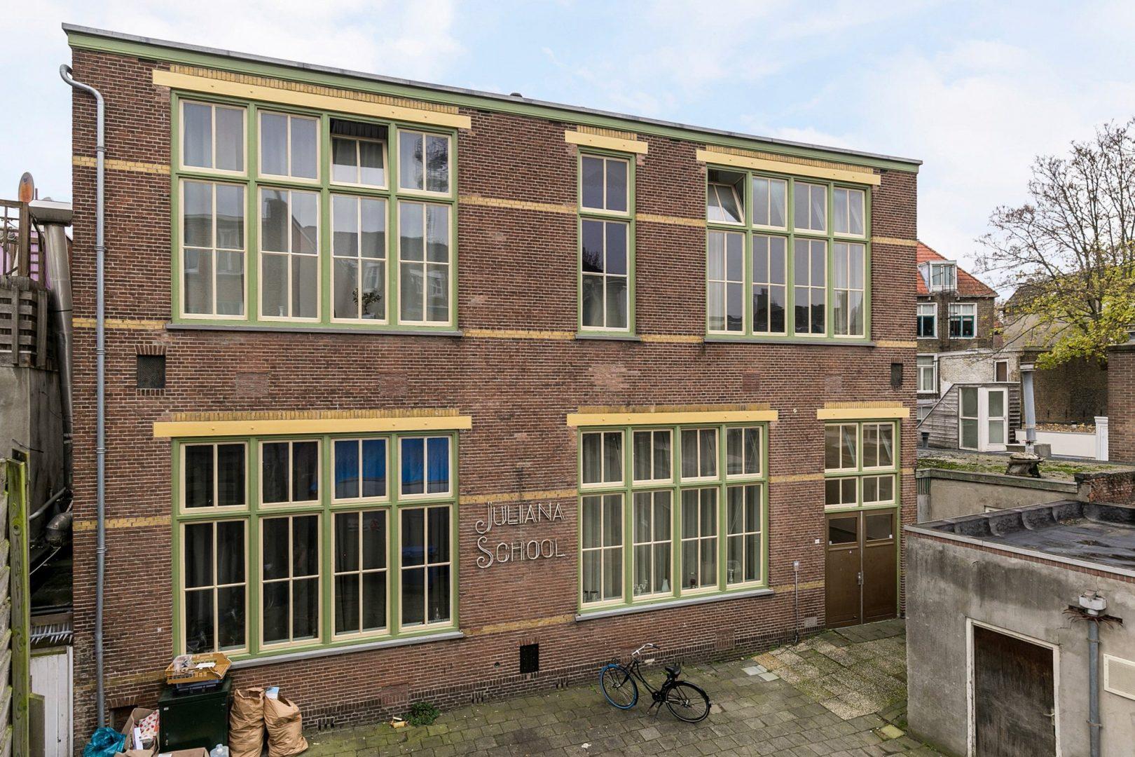 Leeuwarden – Tweebaksmarkt 44